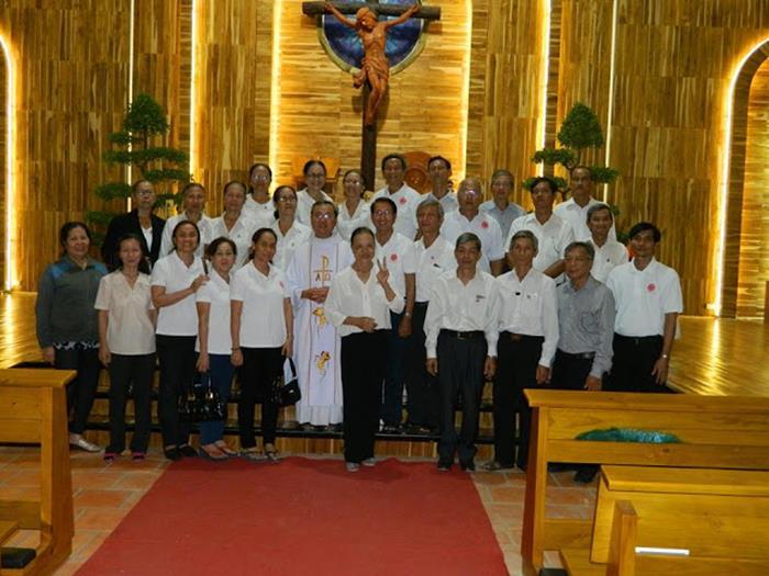 Caritas Giáo hạt Hố Nai hành hương đến Trung Tâm Đức Mẹ Núi Cúi