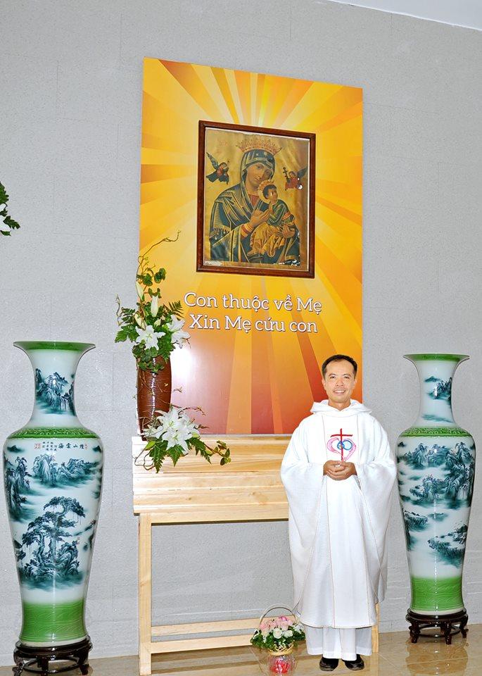 Kỷ niệm 5 năm cha Phêrô Đinh Quang Mạnh Hùng -OP về nhận chức Chánh Xứ